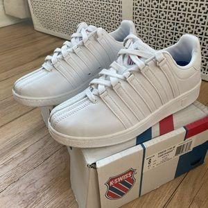 Men's K-Swiss Classic VN Sneaker size 8